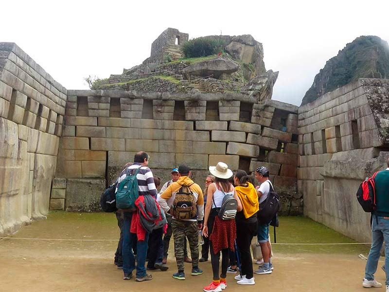 group tours in cusco
