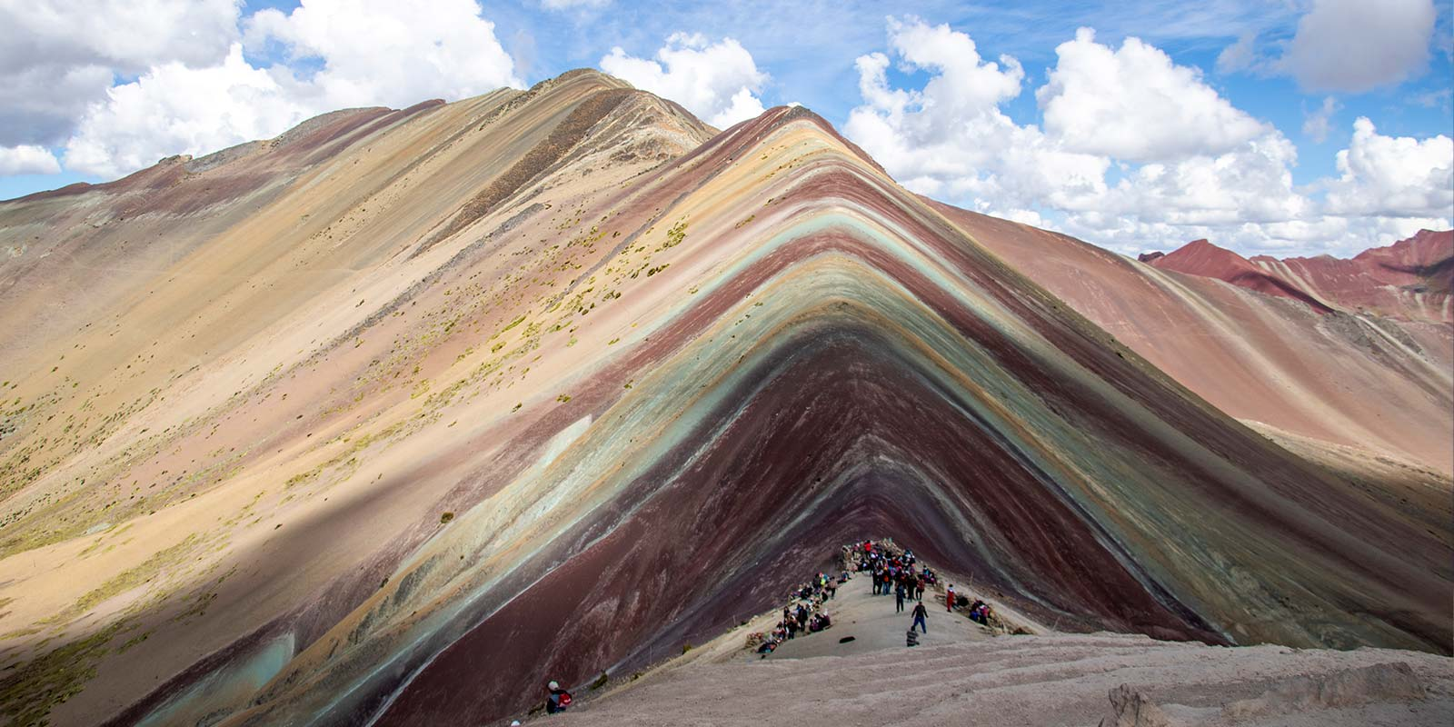 rainbow mountain tour vinicunca (4)
