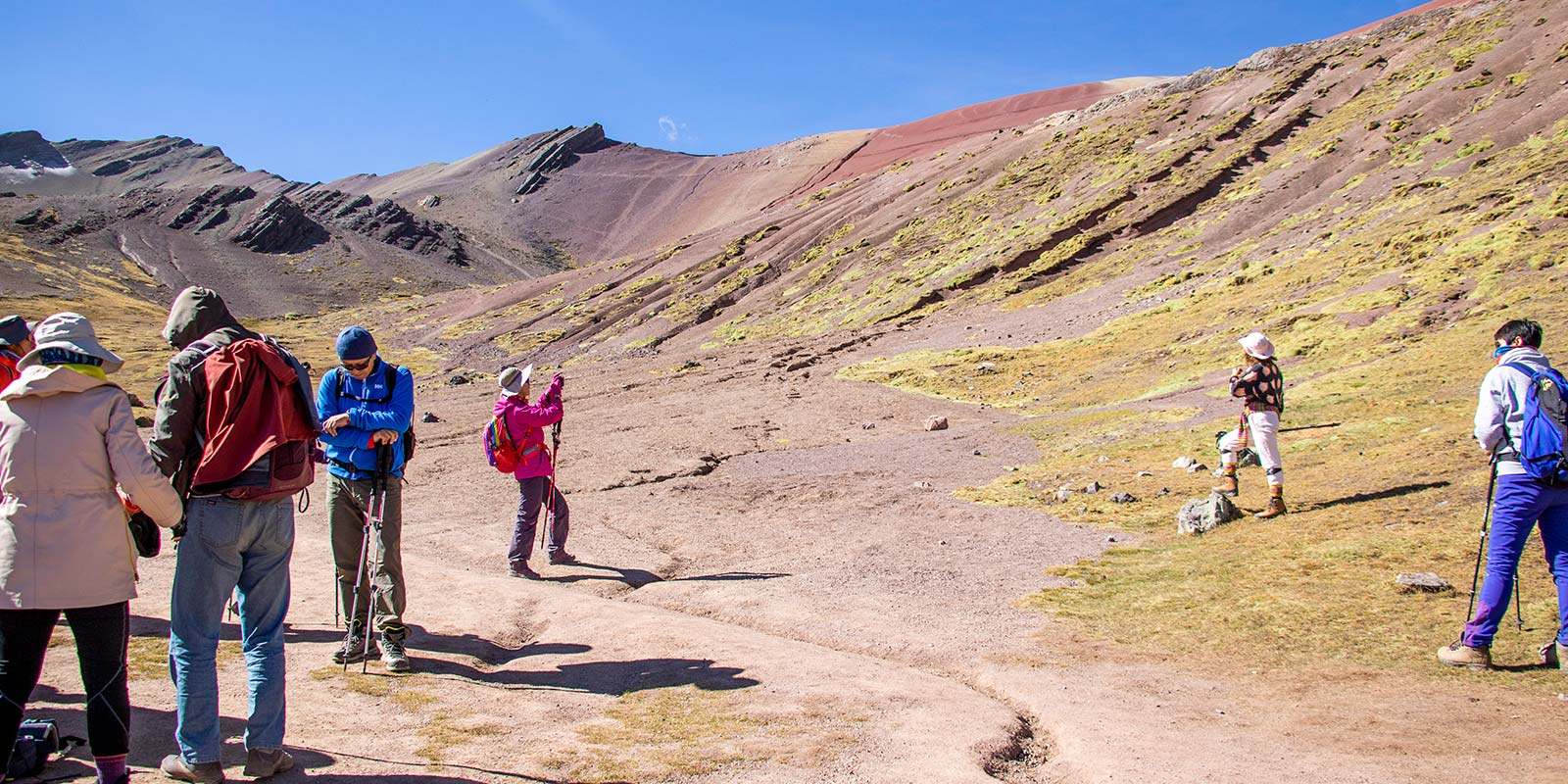 rainbow mountain tour vinicunca (5)