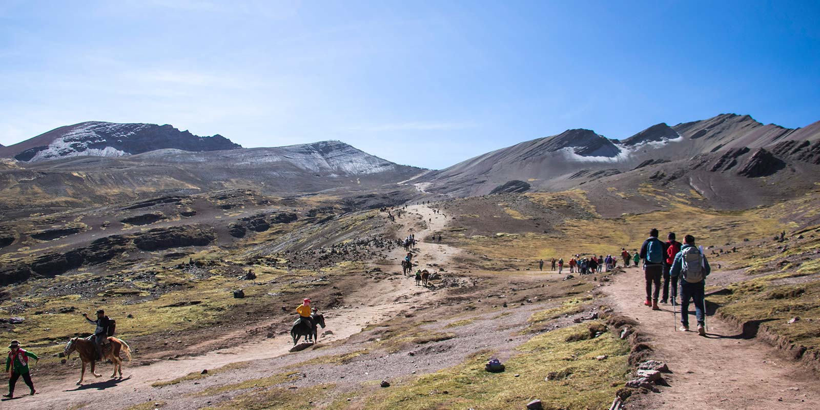 rainbow mountain tour vinicunca (6)